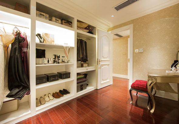 定制衣柜如何选择?